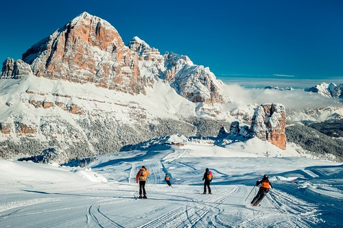 Cortina Ski Resort by: tourist offical