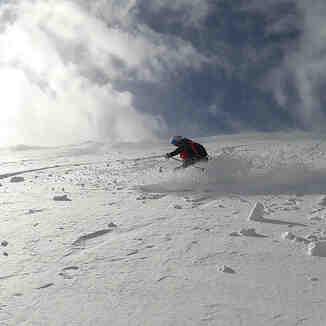 Skiing powder in the Brecon Beacons, Pen-y-Fan