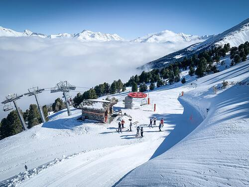 La Norma Ski Resort by: tourist offical