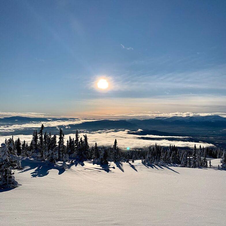 Last ski area in Canada still open?, Hudson Bay Mountain