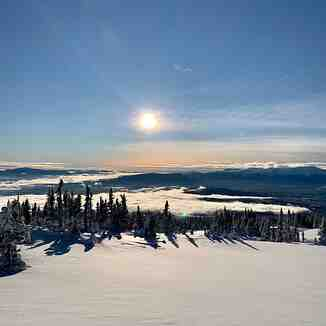 Last ski area in Canada still open?, Hudson Bay Mountain