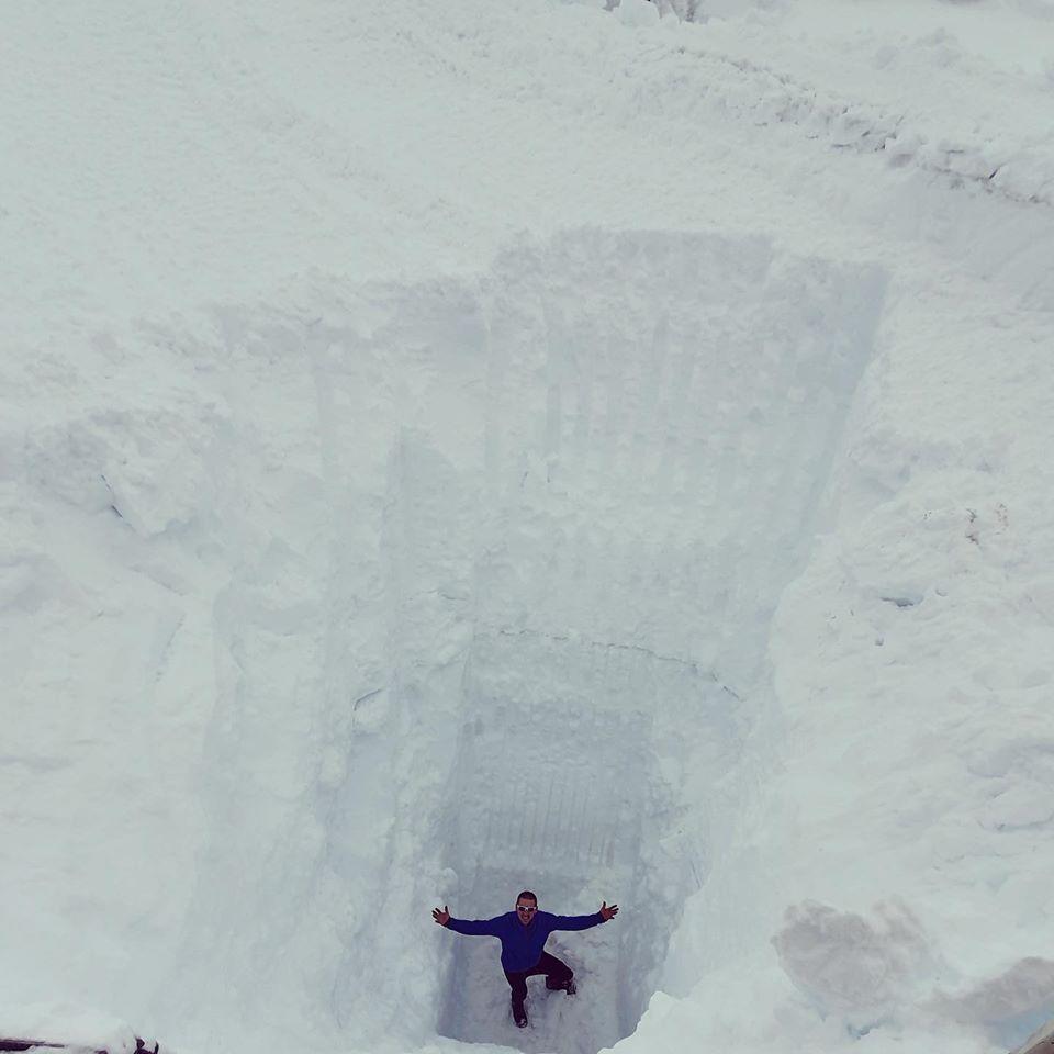 11 metre snow depth (36ft), Fonna Glacier