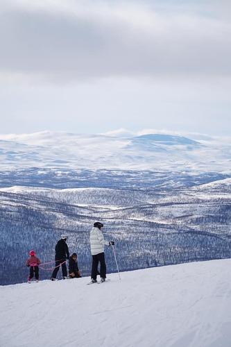 Hemavan and Tärnaby Ski Resort by: tourist offical