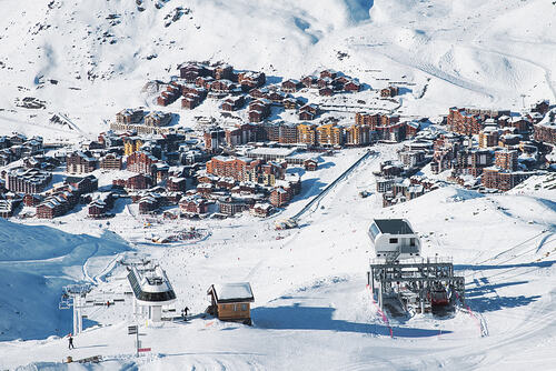 Val Thorens Ski Resort by: tourist offical