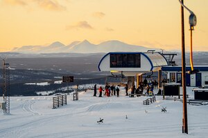 last day of the season for many Swedish ski areas, Idre Fjäll photo