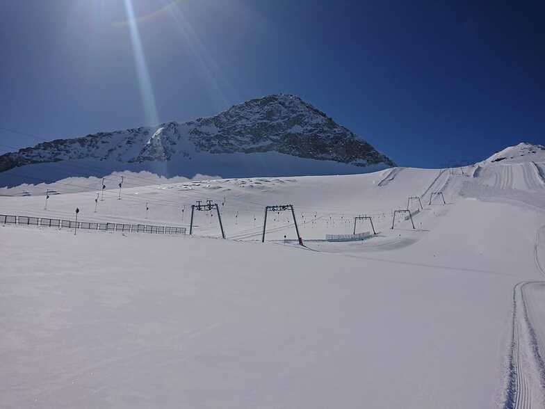 may open up again for year-round snow-sports, Hintertux