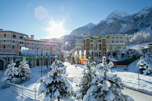 Krasnaya Polyana Resort Ski Resort by: tourist offical