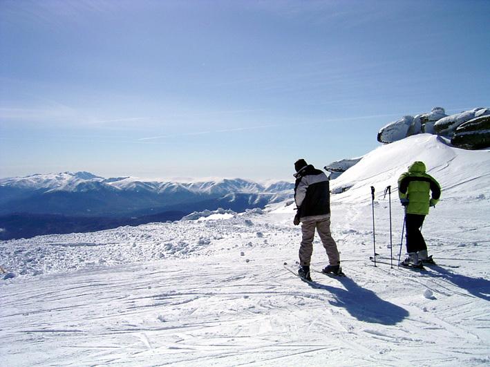 A punto de iniciar del descenso desde cota 2.360. Canchal Negro, Sierra de Béjar - La Covatilla