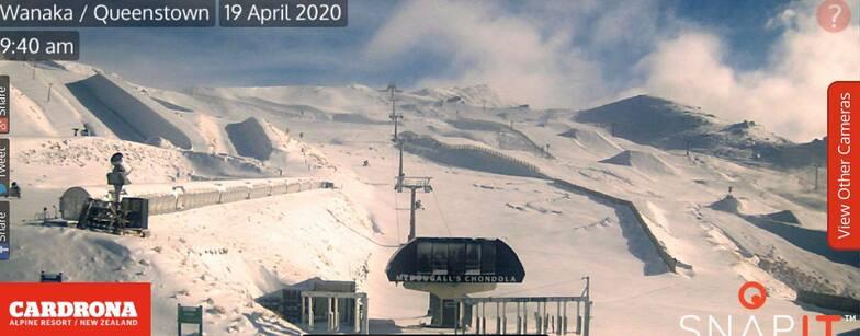 snow in April, Cardrona