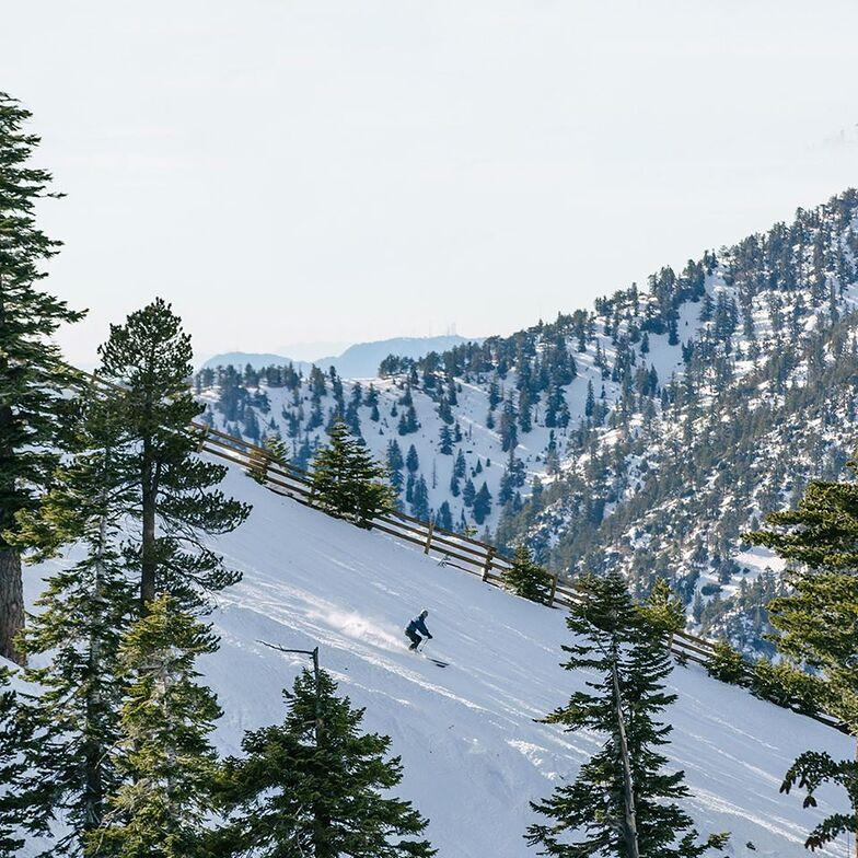 Mt Baldy (California) snow