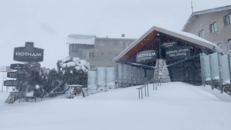 snow is arriving, Mount Hotham