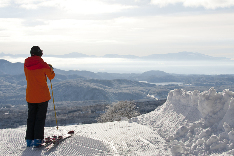 Overlooking Lake Nojiri from the top of Akakura Kanko