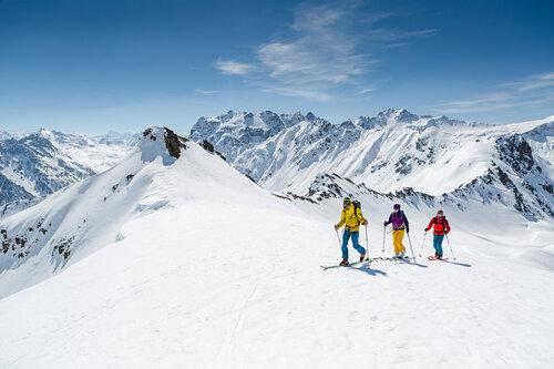 Gargellen Ski Resort by: tourist offical