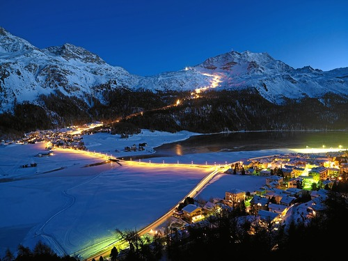 Corvatsch-Furtschellas Ski Resort by: tourist offical