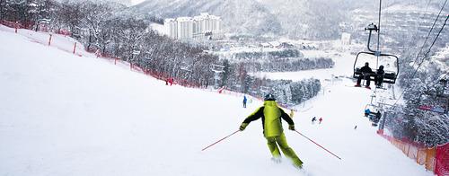 PyeongChang-Yongpyong Ski Resort by: tourist offical