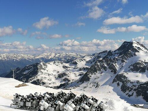 Mölltaler Gletscher Ski Resort by: tourist offical