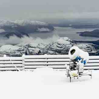 "Up to 45cm (18"") of snow in New Zealand over the past 24 hours, Treble Cone"