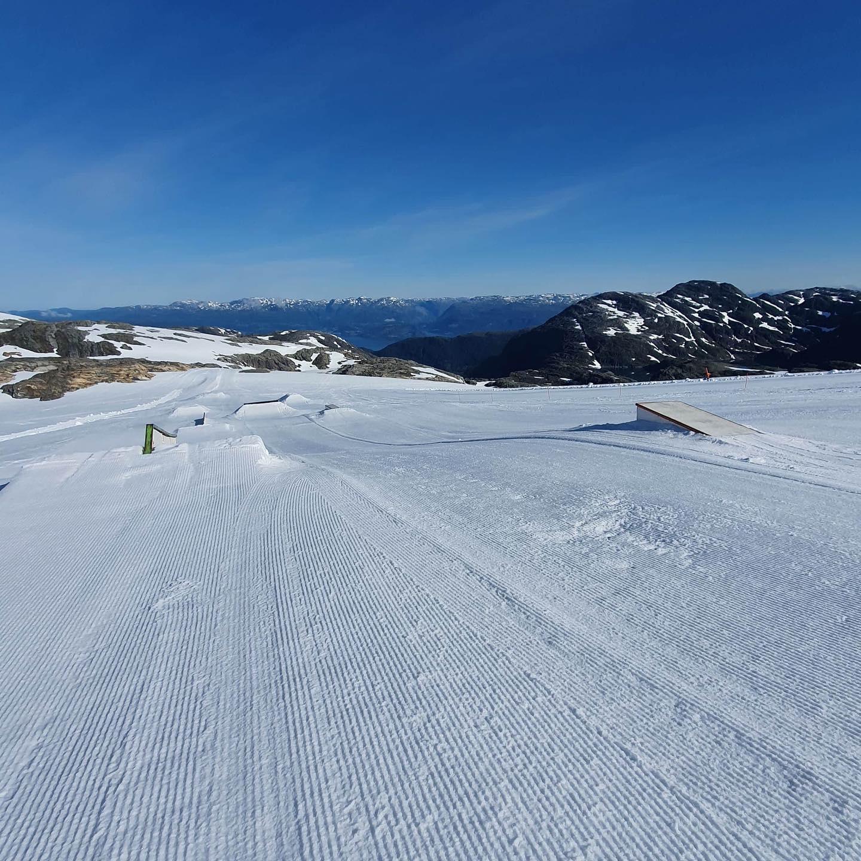 very quiet, Fonna Glacier