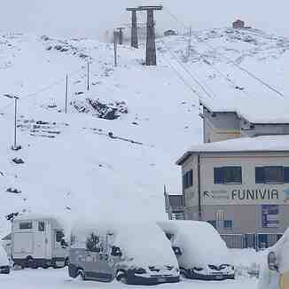 40cm (16 inches) of fresh snow, Passo Stelvio