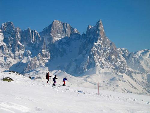 Vigo di Fassa Ski Resort by: dolomitimeteo