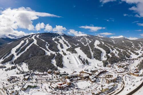 Copper Mountain Ski Resort by: tourist offical
