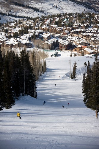 Deer Valley Ski Resort by: tourist offical