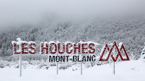 Les Houches Ski Resort by: tourist offical