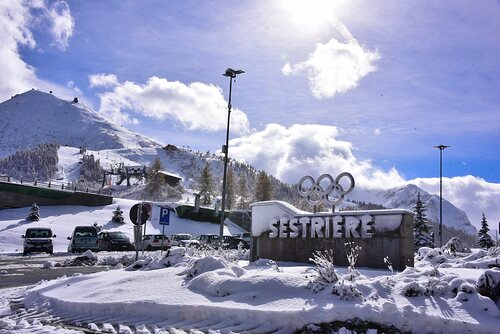 Sestrière (Via Lattea) Ski Resort by: tourist offical