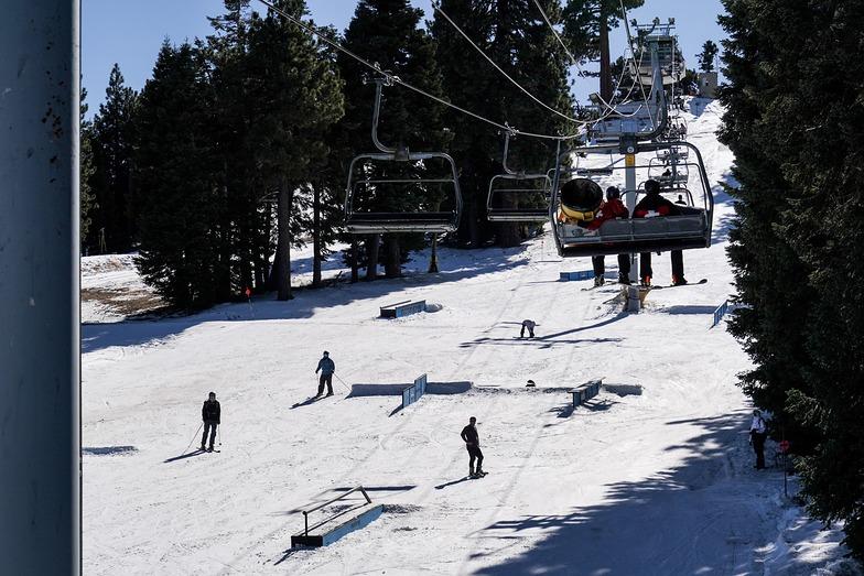 early season, Mountain High resort