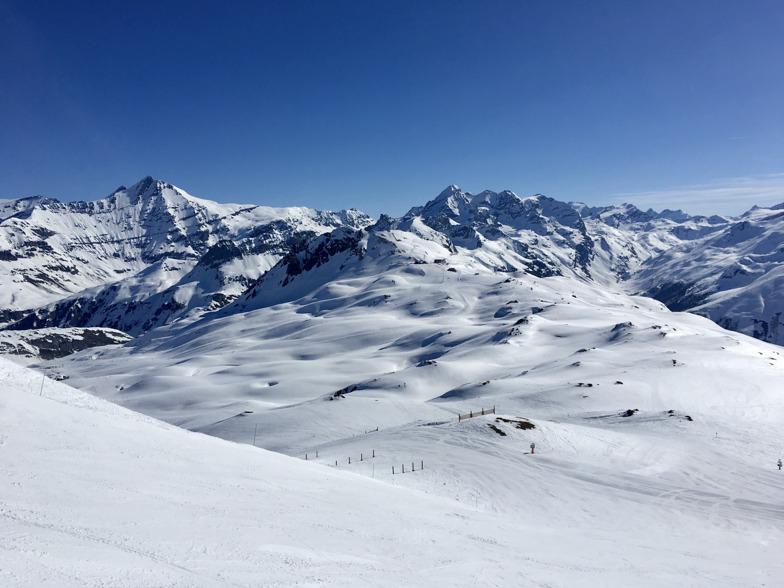 April skiing, Tignes