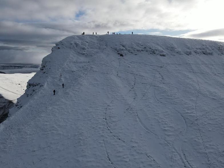 Ski tracks off Pen y Fan towards Cwm Lwch, Pen-y-Fan