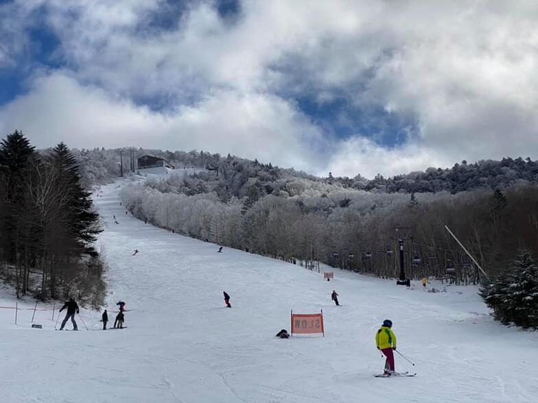 open for skiing, Hunter Mountain