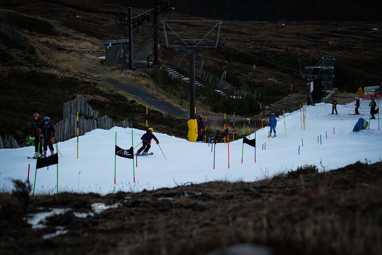 snow-making, Cairngorm