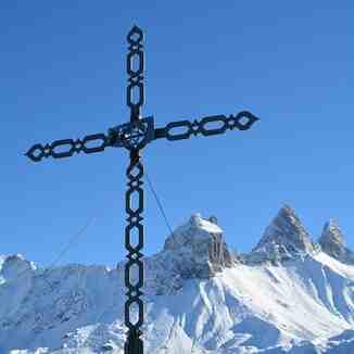 La croix de Bon Ventre, Albiez-Montrond