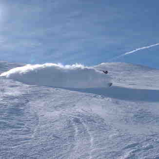 Spray!, Tignes