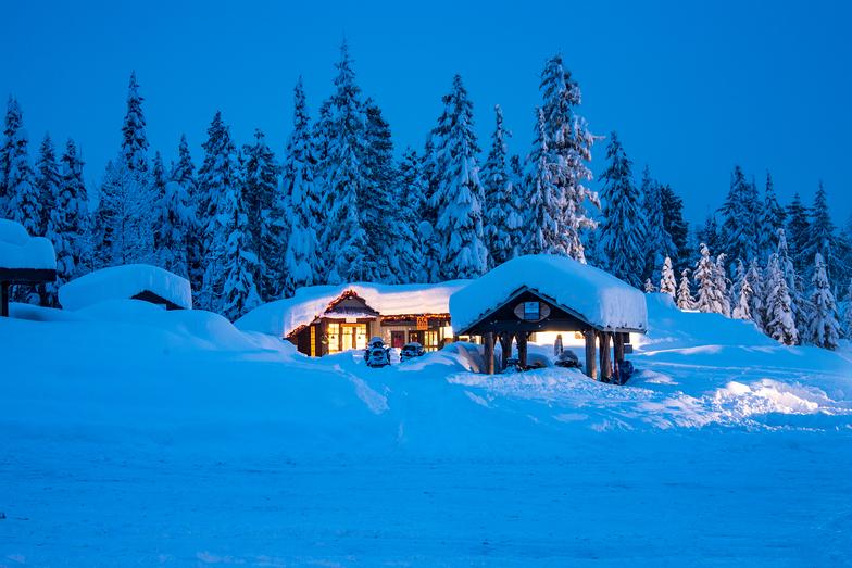 Alexander Falls Touring Centre, Ski Callaghan