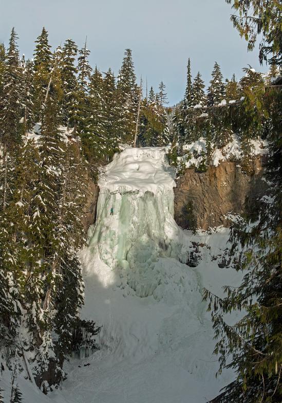 Alexander Falls, Ski Callaghan