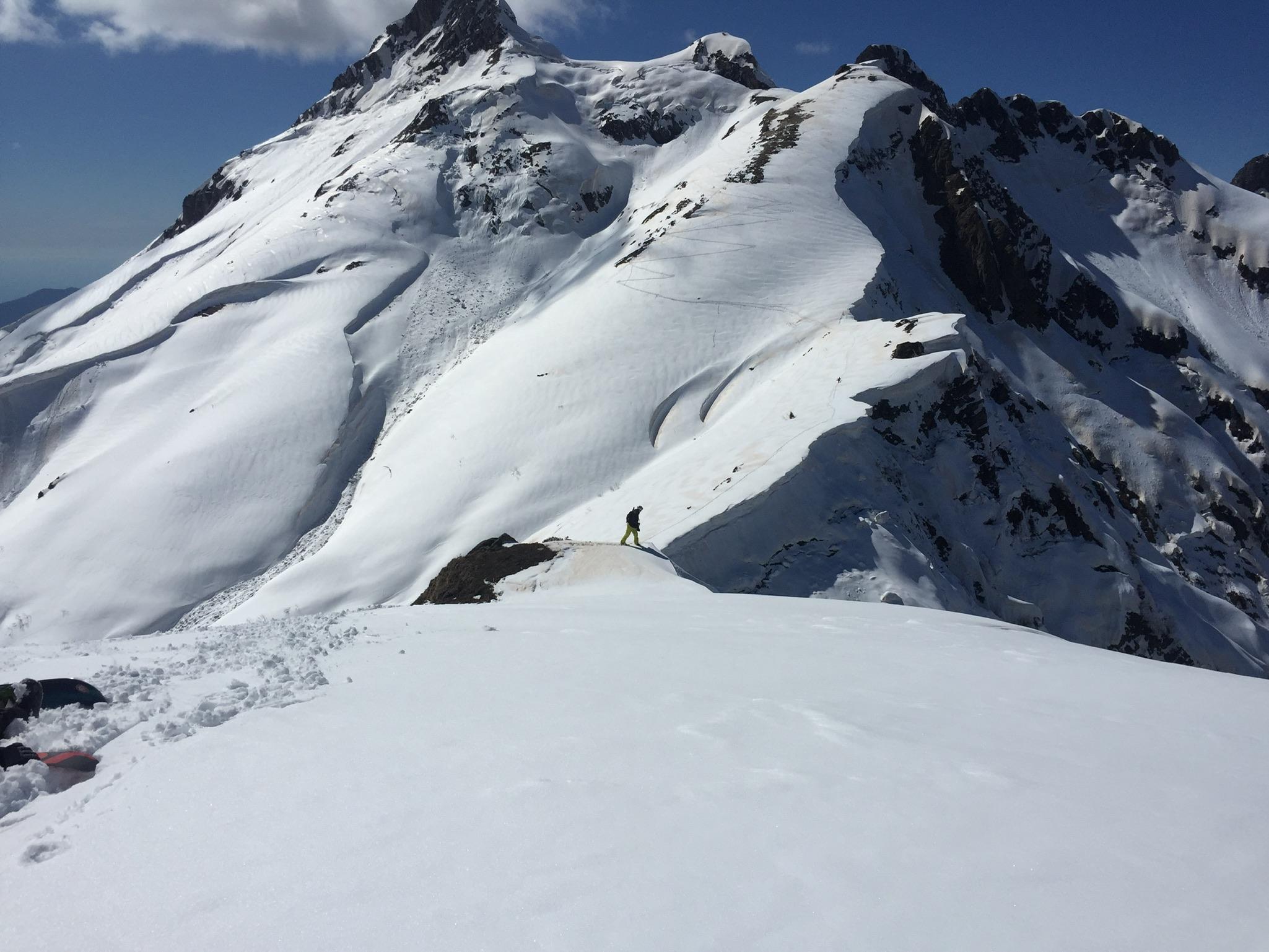 Before some juicy drop, Альпика