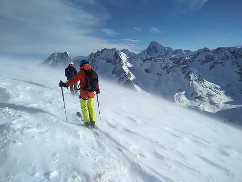 Villars Ski Resort by: Frank Ewald