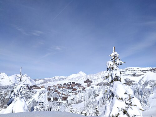 Avoriaz Ski Resort by: Isaac Preece