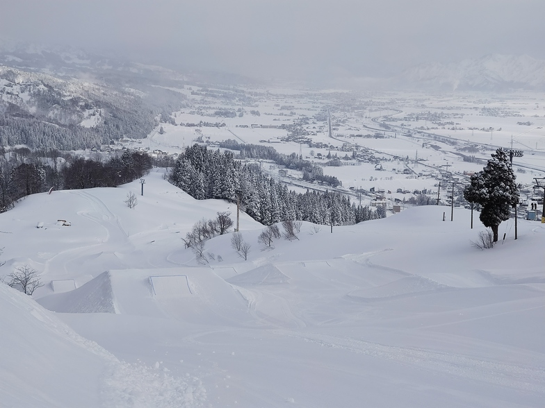 Ishiuchi Maruyama snow