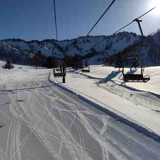 Heading up to the bunny slopes at Yuzawa Nakazato