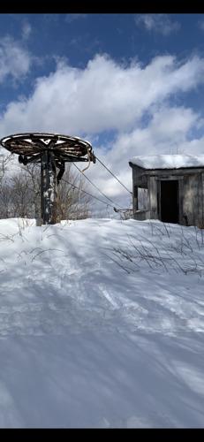 Belleayre Ski Resort by: William  Gibson