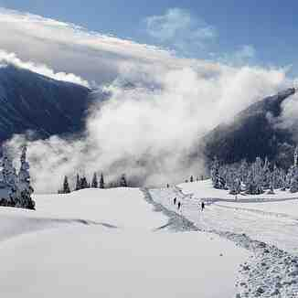 Sunny Snowy Shames March 2021, Shames Mountain