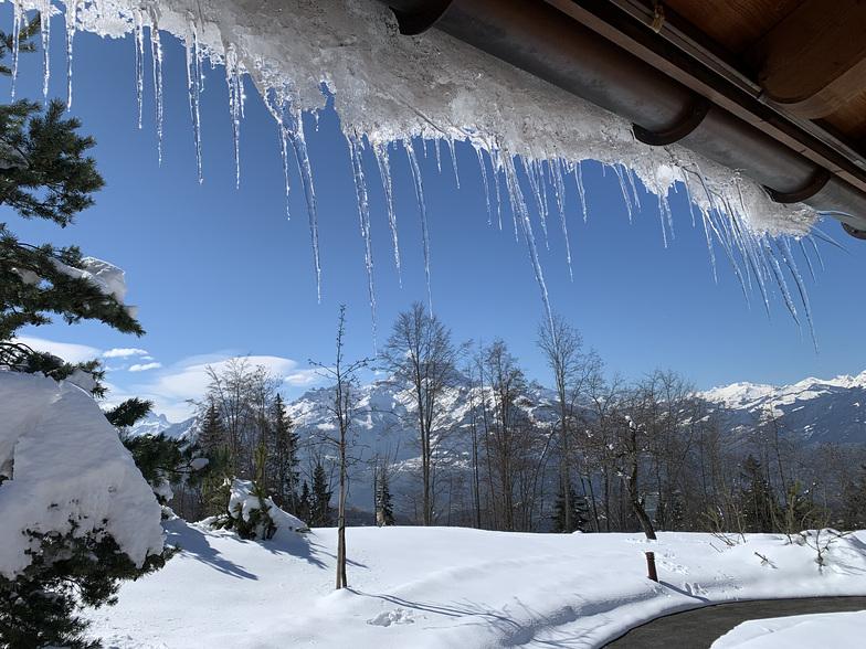 Spring Snow, Villars