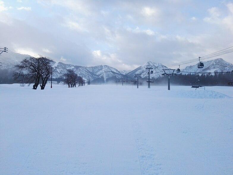 Beginner run on the Day Return Ski Center side of the resort, Maiko Snow Resort