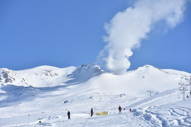 Volcan Copahue, Caviahue