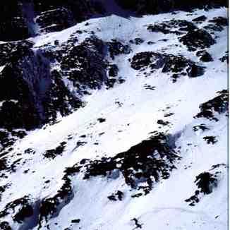 Below Bwlch Glas, Snowdon, Easter 1998