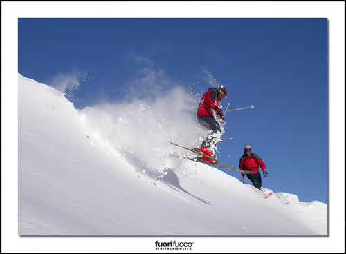 Mondolè (Prato Nevoso and Artesina) Ski Resort by: matteo ganora