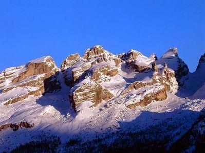 Lienzer Dolomiten Ski Resort by: franz